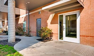 Building, 928 Travis Ave 405, 1