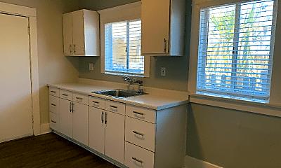 Kitchen, 1228 N Loma Vista Dr, 0