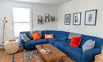 Living Room, 1562 Winona Blvd, 1