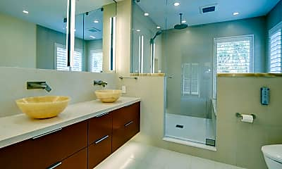 Bathroom, 805 Senda Ladera, 2