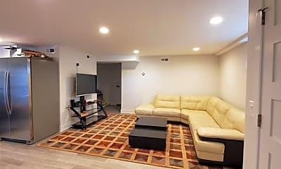 Living Room, 16 Mutillod Ln G, 1
