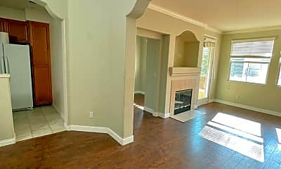 Living Room, 961 Bloomfield Ave, 1