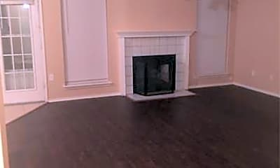 Living Room, 1314 Meadow Creek Dr, 1