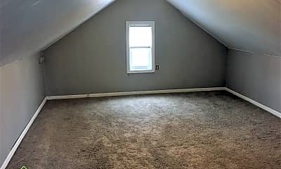 Bedroom, 616 Elm St, 2
