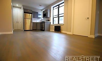 Living Room, 1257 Lincoln Pl 5, 1