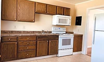 Kitchen, 1010 Davis St, 1