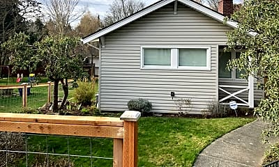 Building, 6621 Holly PL SW., 1