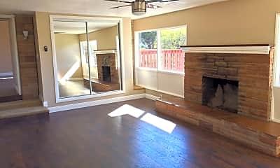 Living Room, 139 Avenida Sierra, 1