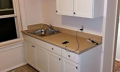 Kitchen, 5401 S Grand Blvd, 1