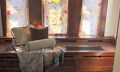 Bedroom, 623 E Lake St, 0