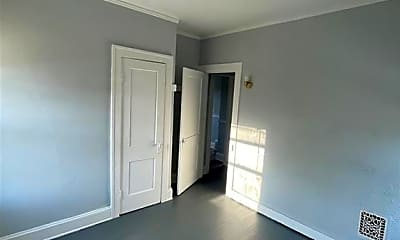 Bedroom, 3548 E 133rd St, 2