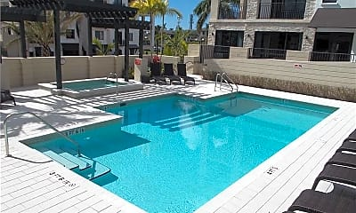 Pool, 1035 3rd Ave S 303, 2