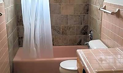 Bathroom, Cecil Gardens Apartment Homes, 2