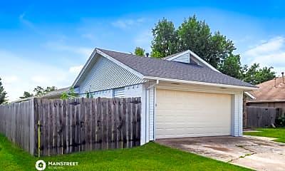 Building, 8832 Parkridge Dr, 1