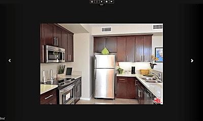 Kitchen, 215 W 5th St, 2