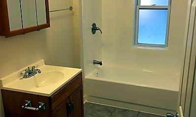 Bathroom, 1123 N Christiana Ave, 1