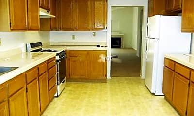 Kitchen, 3324 Surfline Dr, 1