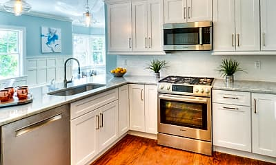 Kitchen, 77 Leroy Ave, 1