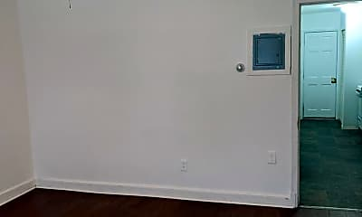 Bedroom, 628 19th St NE, 1
