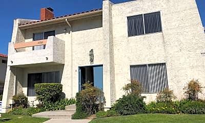 Building, 16802 Hoskins Lane, 0