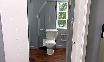 Bathroom, 112 Rockwell St LL, 2