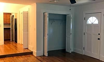 Living Room, 204 Stewart St, 1