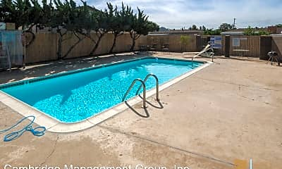 Pool, 414 S Lincoln Ave, 2