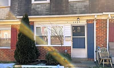 Building, 1327 Mantle St, 0