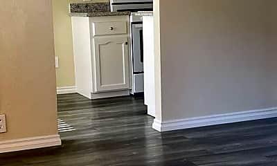 Kitchen, 627 W 82nd St, 2