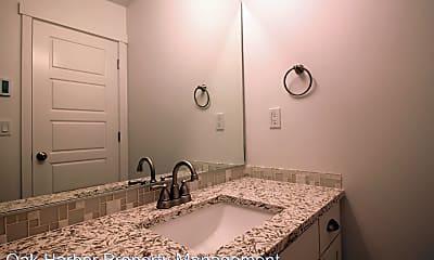 Bathroom, 1655 NW 5th Ave, 2