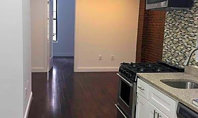 Kitchen, 174 E 85th St, 1