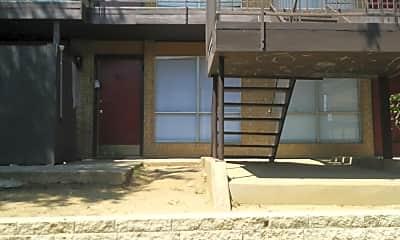 Serrano Creek Apartments, 0