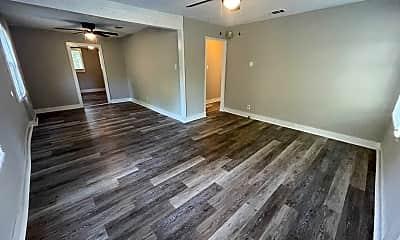 Living Room, 202 Roosevelt Rd, 1