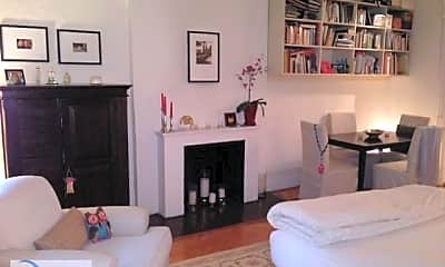 Living Room, 29 W 76th St, 1