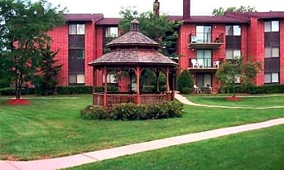 Royal Grove Apartments, 1