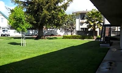 Autumn Oaks Apartments, 2