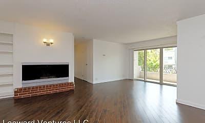 Living Room, 290 Lee Street, 1