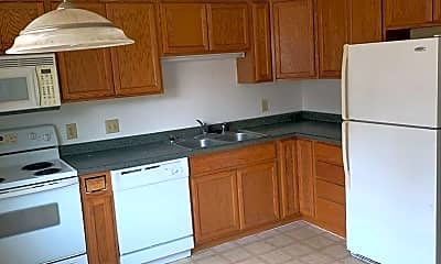 Kitchen, 624 6th St E, 1