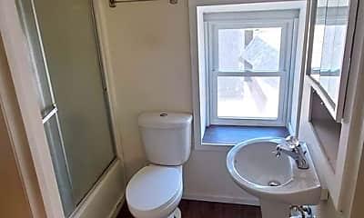 Bathroom, 602 Jules St, 1