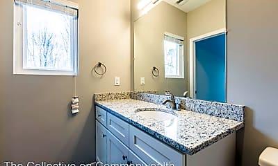 Bathroom, 2118 Commonwealth Drive, 2