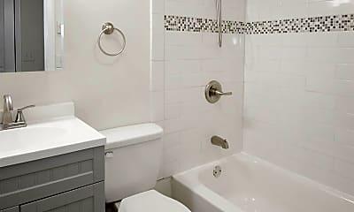 Bathroom, 106 Morris St, 1