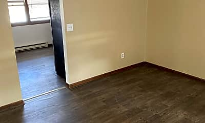 Living Room, 704 4th St, 1