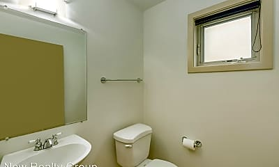 Bathroom, 1409 NE 17th Ave, 2