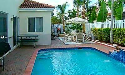 Pool, 11301 Rockinghorse Rd, 0