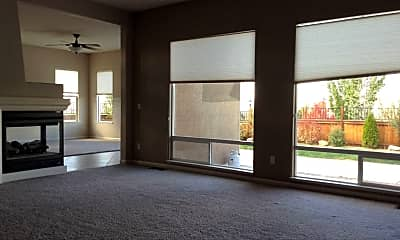 Living Room, 2720 Milano Drive, 2