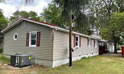 Building, 2597 Pinecrest Dr, 0