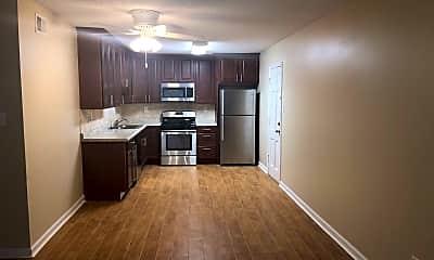 Kitchen, 358 E Pkwy N, 1