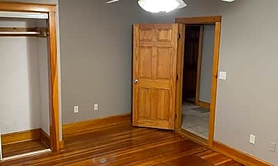 Bedroom, 4 Intervale St 2, 1