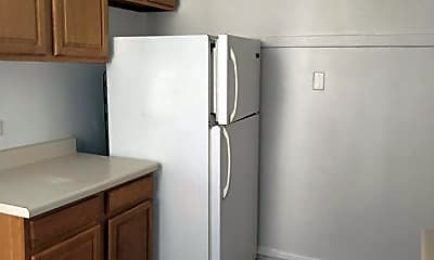 Kitchen, 5230 N Rockwell St 1, 1