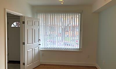 Building, 356 Folcroft St, 1